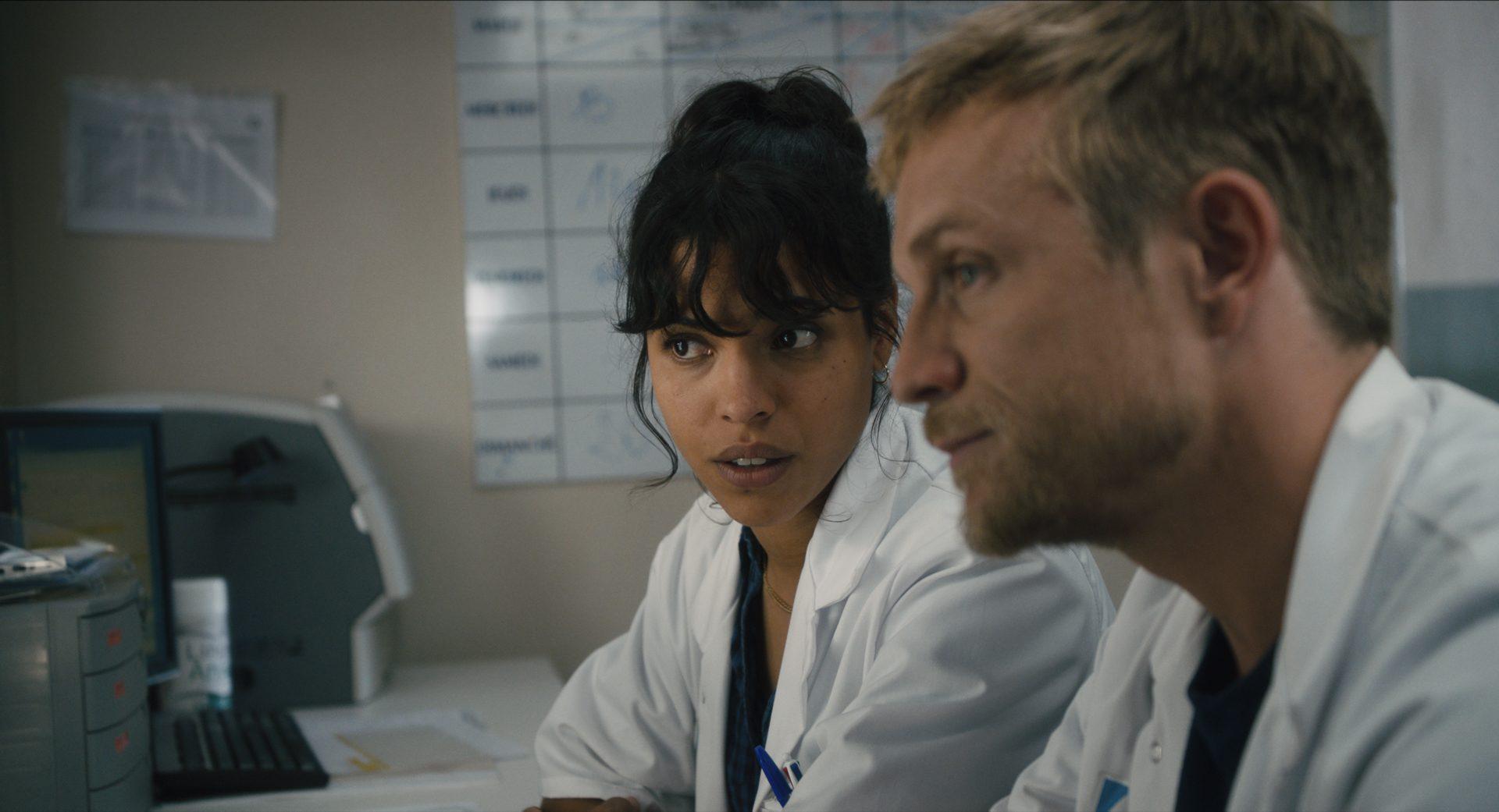 """David Roux et Zita Hanrot (L'Ordre des médecins) : """"Je ne voulais pas m'attarder sur les gestes héroïques, mais davantage sur le quotidien, l'intime"""""""