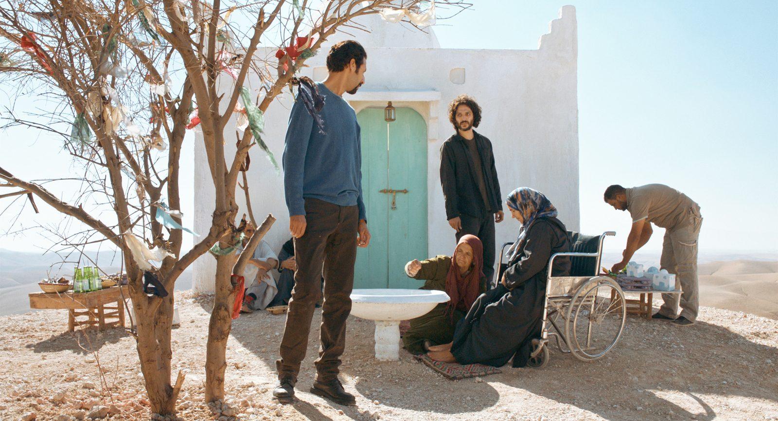 """Alaa Eddine Aljem (Le Miracle du Saint-Inconnu) : """"Je voulais faire un film sur une micro-société qui, en quelque sorte, entre en mutation"""""""