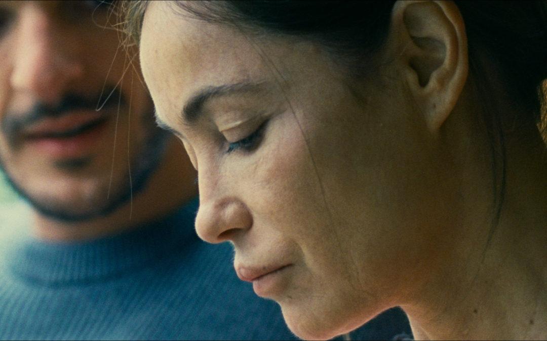 """Emmanuelle Béart (L'Étreinte) : """"Je n'ai pas de famille de cinéma donc je suis ouverte à toutes les familles"""""""